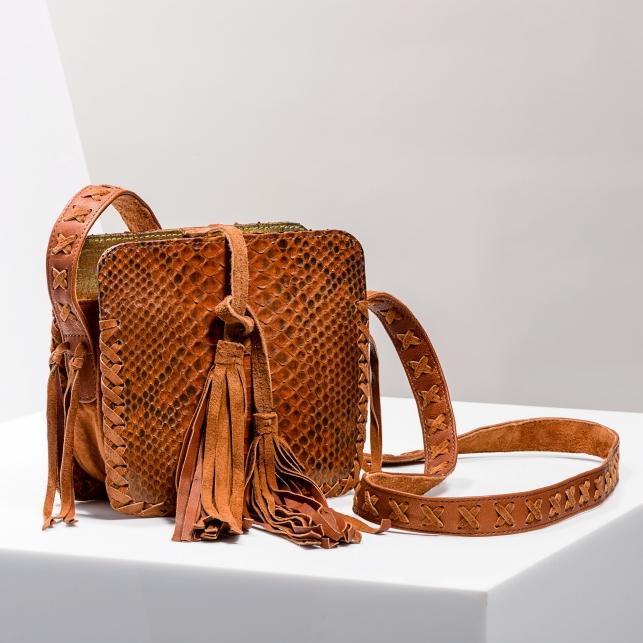 Claris Virot: Shoulder Strap Chiara Bag Moka - Hiphunters Shop
