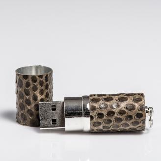 Clé USB habillée de python kaki