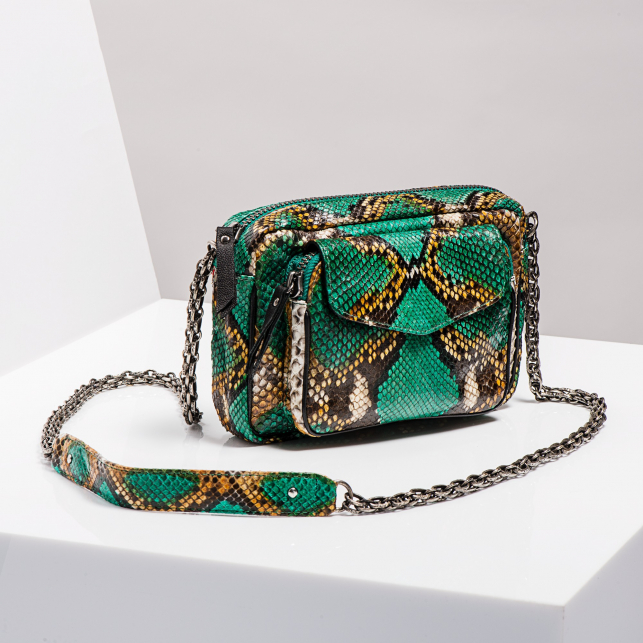 Claris Virot: Bag Charly Green Painted Gold Chain - Hiphunters Shop