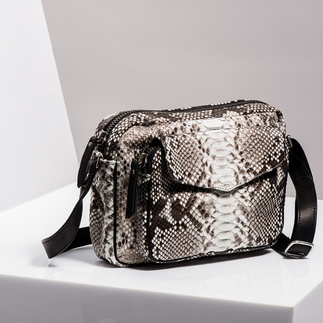 Claris Virot: Big Charly Python Leather Diamond - Hiphunters Shop